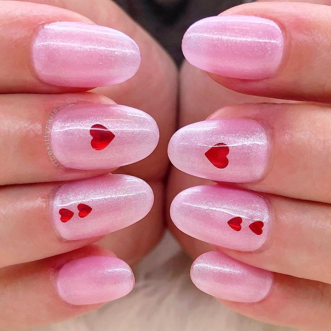 13-pretty-valentines-day-nail-art-designs-13