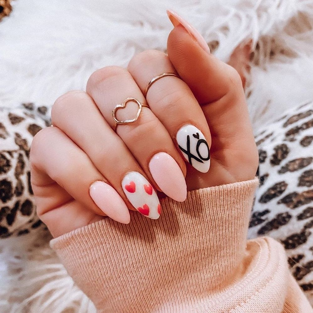 13-pretty-valentines-day-nail-art-designs-14